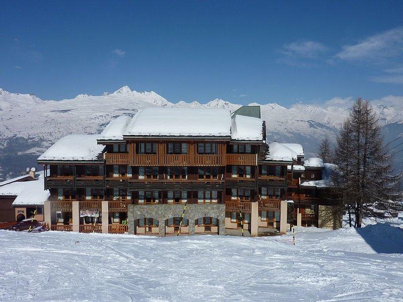 La Plagne Paradiski Duplex 45 m² pied des pistes 6-8 personnes vue Mont Blanc, holiday rental in Les Coches