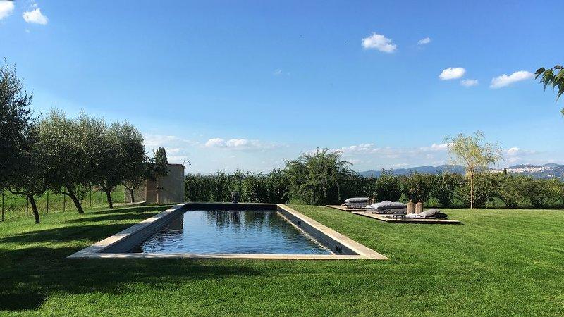Monaldesca Villa con piscina tra Spello ed Assisi, location de vacances à Spello