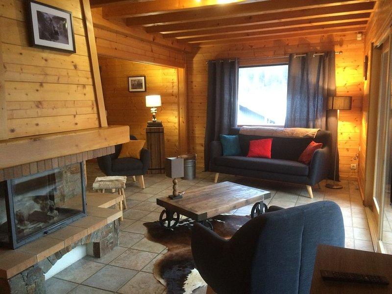 Chalet 'LE REPOSOIR' dans le domaine des portes du soleil, holiday rental in La Cote-d'Arbroz