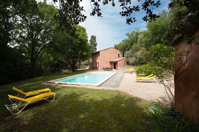 mas boulache charme confort et authenticité, holiday rental in Roussillon