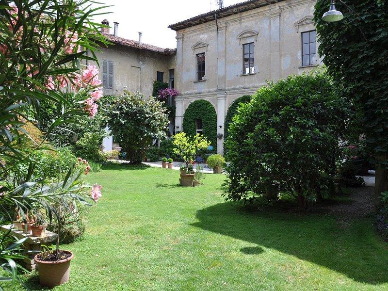appartement 'Giacomo' dans un ancien monastère, holiday rental in Corte de' Cortesi con Cignone