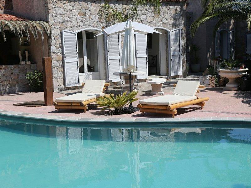 villa de charme entre mer et montagne, location de vacances à Zilia