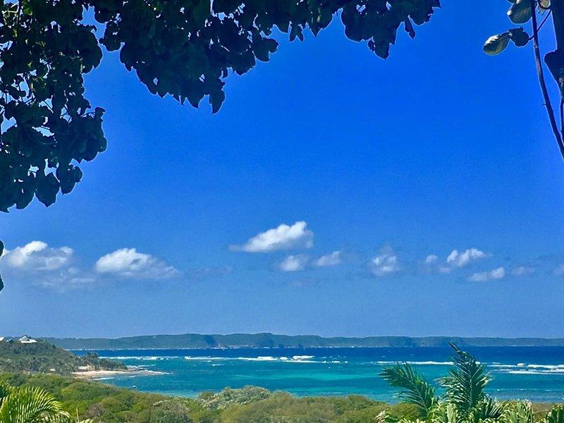 Rêve de Sable 3*, face à la mer et dans un écrin de verdure à Bonheur Indigo, vacation rental in Le Moule