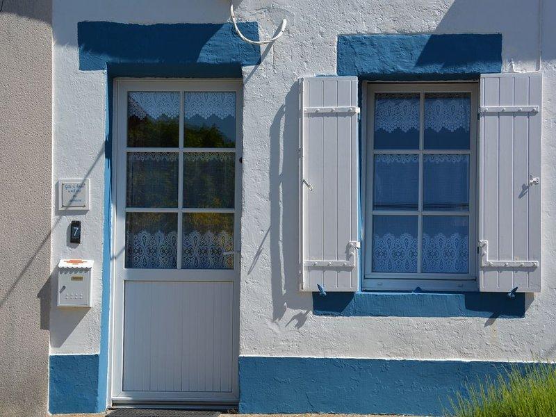 la maison des grands parents au bord de la mer  - L'Abeille qui gîte, holiday rental in Loire-Atlantique