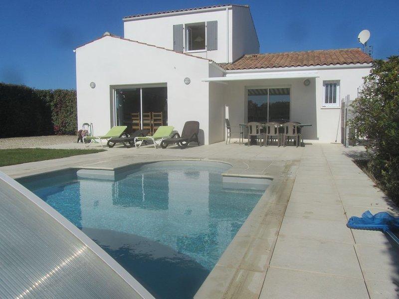 Très belle maison 4 *, proche bord de mer, super équipée, piscine privée, wifi, vacation rental in Saint Nazaire sur Charente