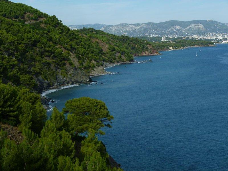 Plages à 100m Vue mer Terrasse Jardin. Site préservé et calme, casa vacanza a La Seyne-sur-Mer