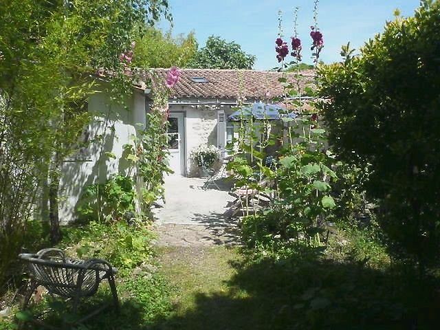 Location Maisonnette De Charme à La Rochelle, vacation rental in La Rochelle