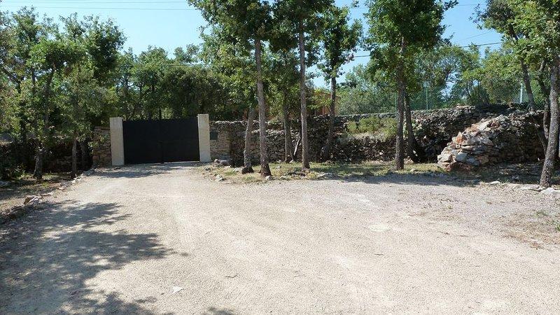 Villa provençale avec piscine à 30kms des Gorges-Du-Verdon, location de vacances à Montmeyan