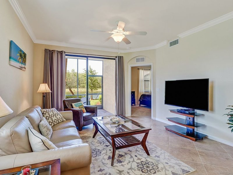 25% off in March! Beautiful 2bed 2bath condo, lake view, holiday rental in Keewaydin Island