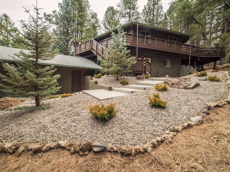 **'Stay at home' in the pines, vacation rental in Flagstaff