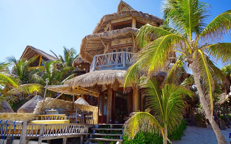 Beachfront Luxury Home; Heart of REAL Tulum, vacation rental in Chunyaxche