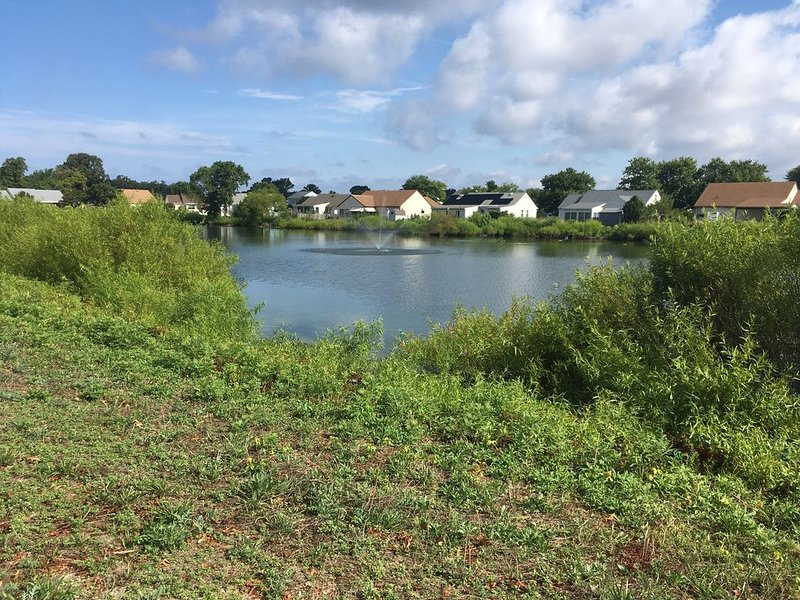 ' Lakeview Cottage ' Short walk to the bay and bike trails, vacation rental in Lower Township
