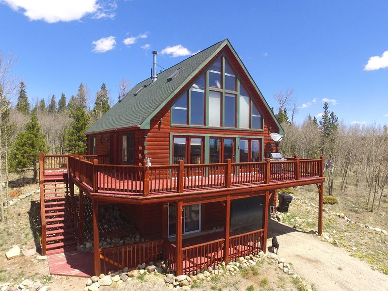 Spacious MTN Home, Breathtaking Views, Simple Price - No Manager/Booking Fees, holiday rental in Fairplay