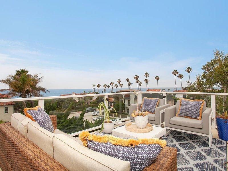 Luxurious Beach Home plus optional luxury studio...Steps to Wind and Sea Beach, vacation rental in La Jolla