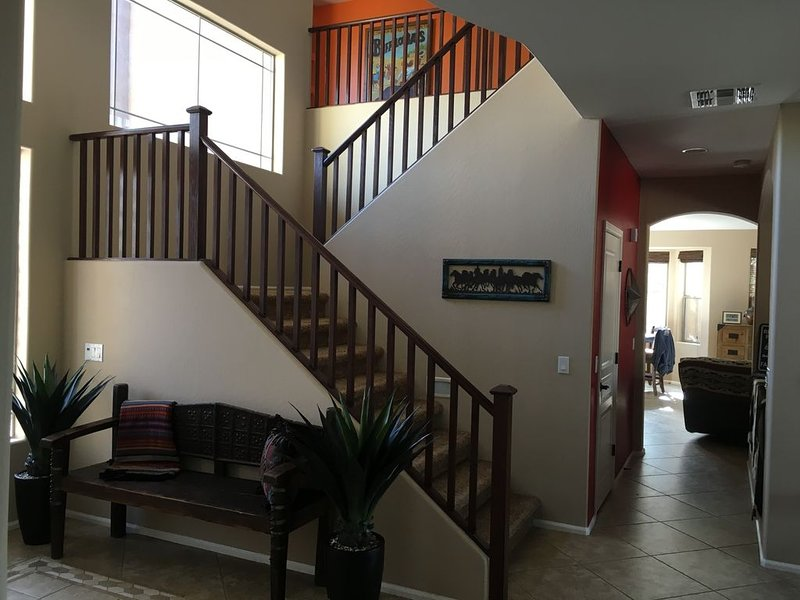 Relaxing  home, centrally located to a variety of activities in the Phoenix area, vacation rental in Phoenix