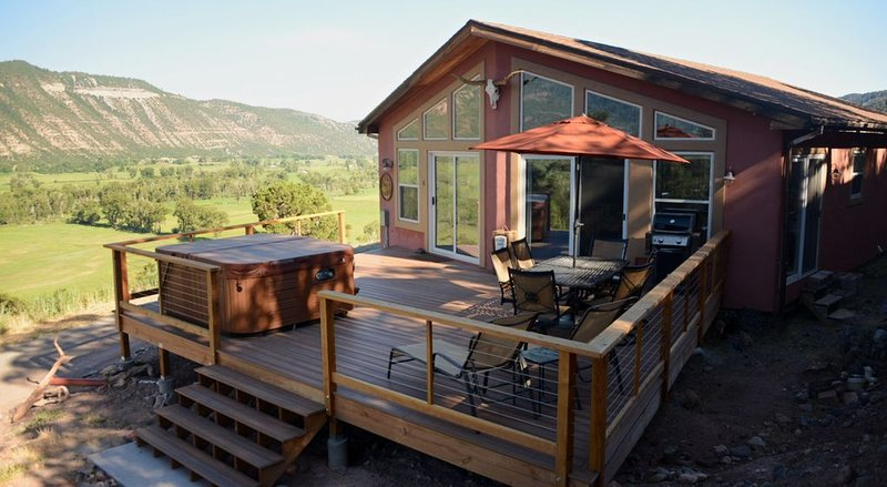 A Private Mountain Hideaway High Above The Uncompahgre River Valley, holiday rental in Ridgway