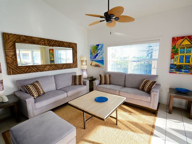 Spectacular Condo/Spectacular Views Regal Beach #431, vacation rental in George Town