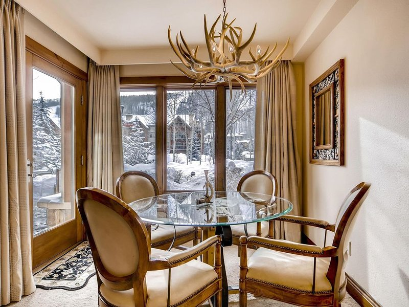 LION SQUARE LODGE at Gondola Ski In/Out 1st Floor Vail Mt View, holiday rental in Vail