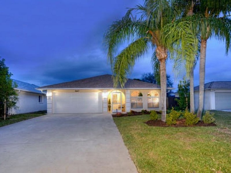 Go Coastal On The Gulf In Naples!!, holiday rental in Naples Park