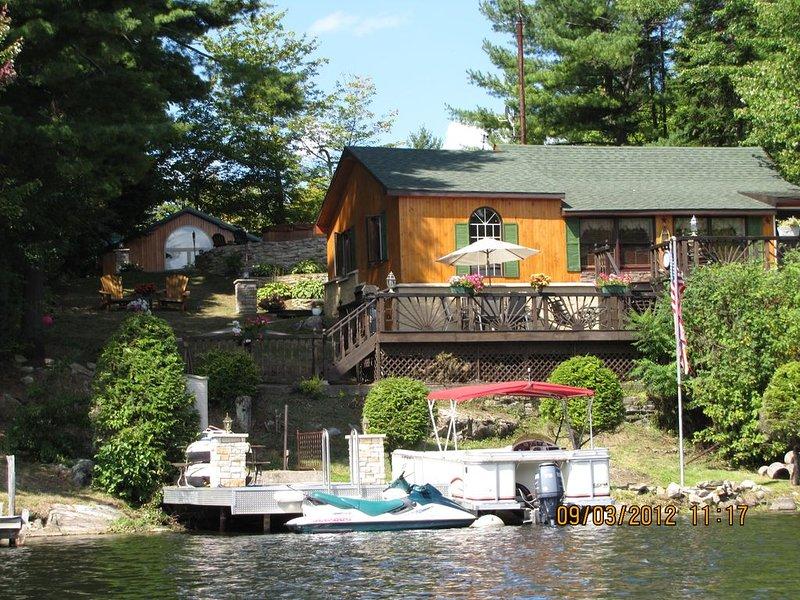 Mountain Escape-Trout Lake Waterfront Adirondack Park Region, holiday rental in Hermon
