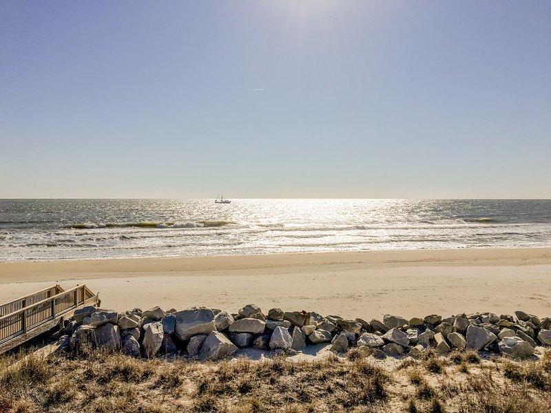 Beach, Please: Best View of the Ocean with the Comfort of Home. 2bd/2ba, location de vacances à Carolina Beach