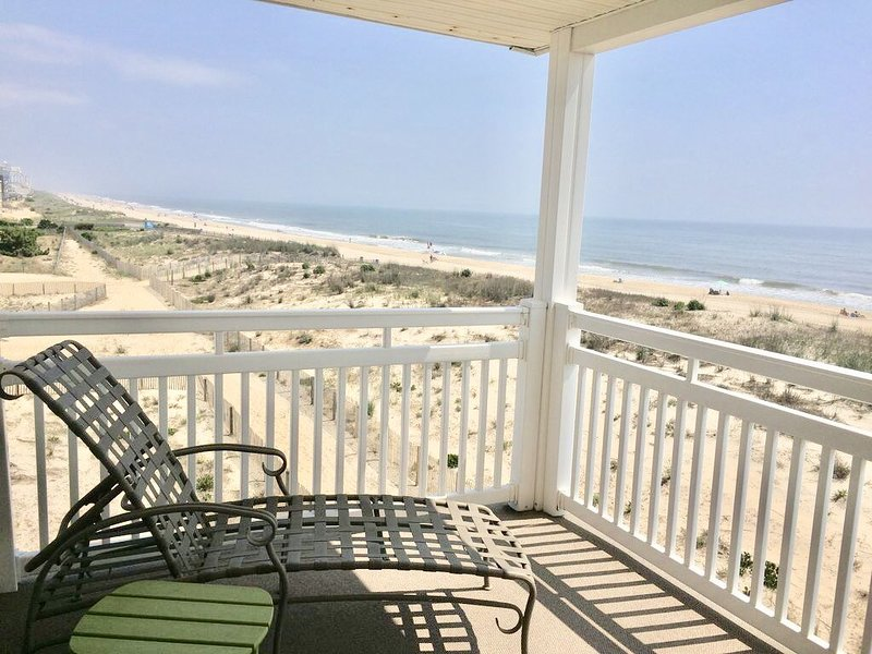 Ocean Front Condo for Family Fun!, alquiler de vacaciones en Ocean City