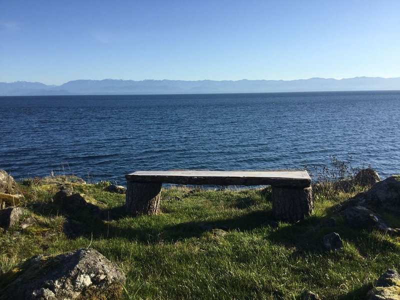 Social distancing at it's finest., vacation rental in Vancouver Island
