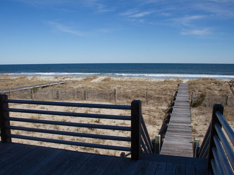 Picture-perfect view of the ocean from the deck