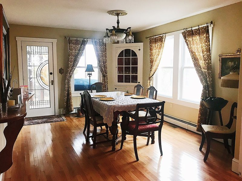 BLISS An Exclusive, Romantic 5 Room Suite/Apartme, vacation rental in Cape May Point