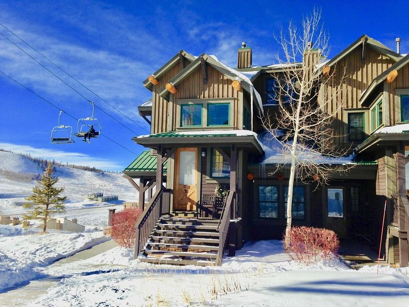 Ski in Ski out,  see video,  2Bed/2Bath Condo, Wifi, Kicking Horse Lodges, alquiler de vacaciones en Granby