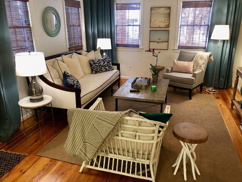 Charming and Affordable! First floor, Walk to everything!, alquiler de vacaciones en Charleston