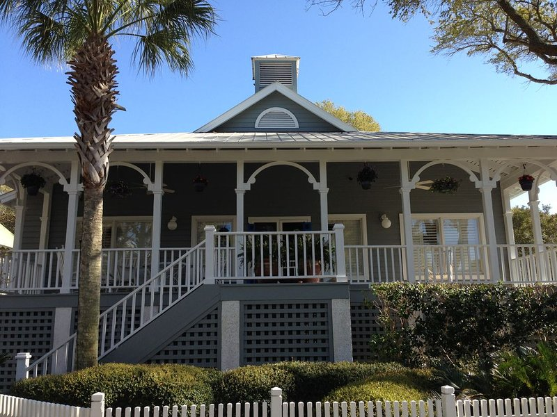 Perfect Kiawah Home for Families to enjoy Beach, Golf, Tennis & Total Relaxation, location de vacances à Johns Island