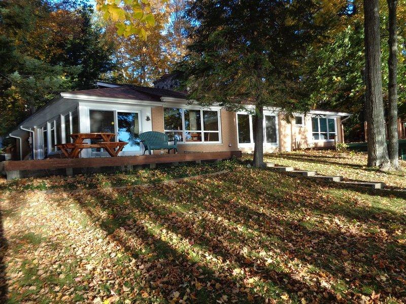 Murphy's Glen- Big Glen Lake Waterfront, aluguéis de temporada em Glen Arbor