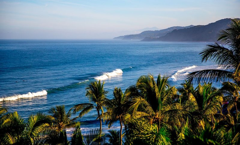 Gorgeous Beachfront 2BR Home, Steps to Beach & Village, holiday rental in Sayulita