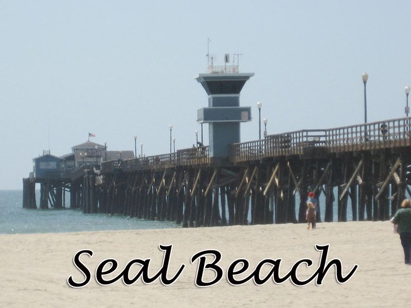 BOOKING NOW !                  CHARMING LOFT !  *SEAL BEACH *, vacation rental in Seal Beach