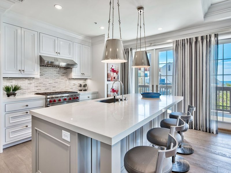 New Luxury Family Suite with Gulf Views in Rosemary Beach, aluguéis de temporada em Rosemary Beach