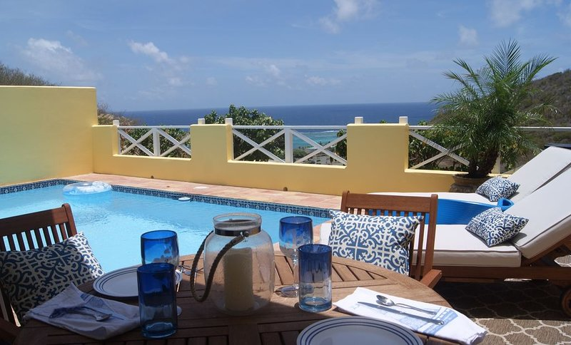 Luxury 1 Bedroom Villa - Private Pool Overlooks The Ocean, vacation rental in Christiansted