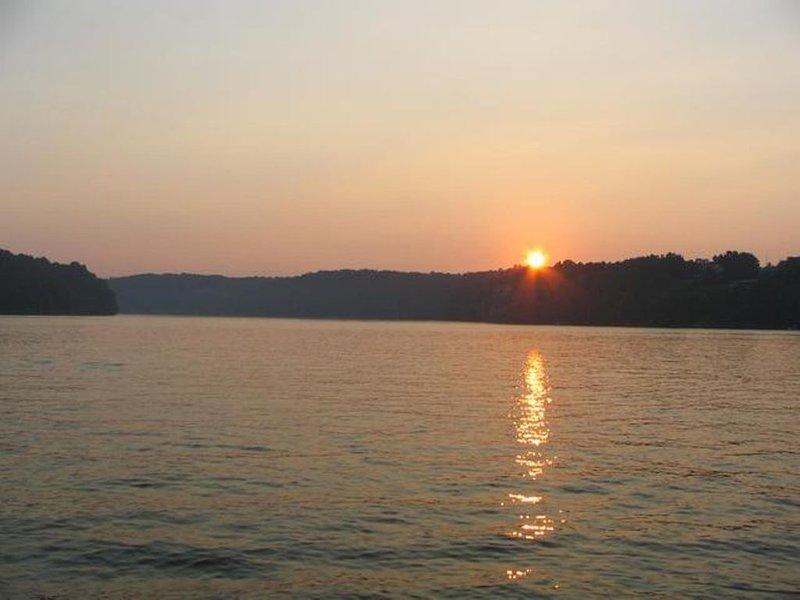Lago Claytor al atardecer