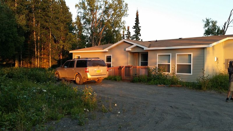 A Centrally-Located Vacation Home For All Your Kenai Peninsula Adventures!, aluguéis de temporada em Ninilchik