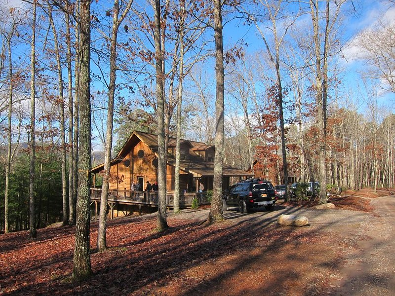 **ENJOY THE BEAUTIFUL MOUNTAINS THIS WINTER!!**, vacation rental in Murphy