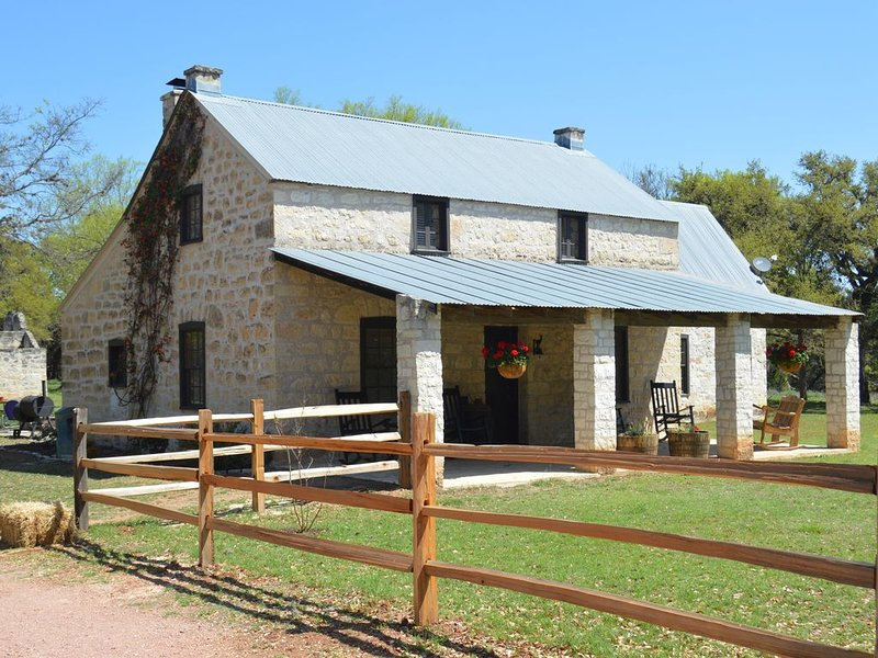 Secluded Country Retreat: Experience Nature - See The Stars - Visit Wineries, location de vacances à Stonewall
