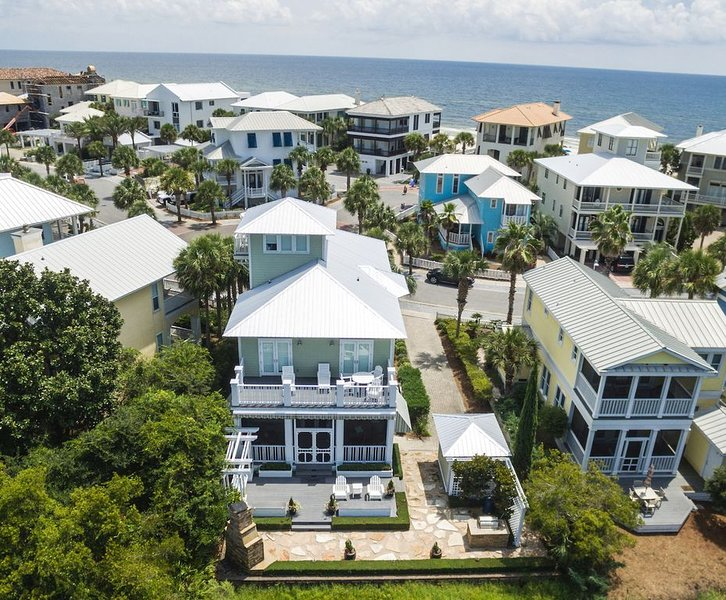 Carillon Paradise - No Rosemary or Seaside Required - Stunning Worldclass Beach, vacation rental in Carillon Beach