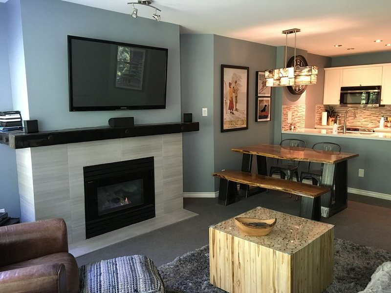 Ski-in Ski-out one bedroom condo in The Aspens on Blackcomb, vacation rental in Whistler
