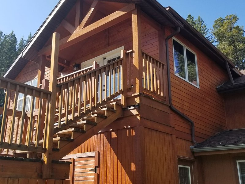 Mountain Escape at Mad Peak/Mad Mountain Lodging, vacation rental in Deadwood