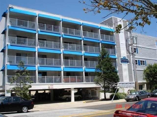 2 Blocks To Boards / Beach And Shopping, Pool on premisis, alquiler de vacaciones en Ocean City