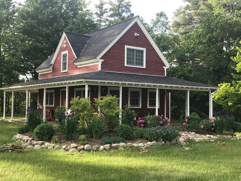 The Emerson House at Asgaard Farm & Dairy, casa vacanza a Keeseville
