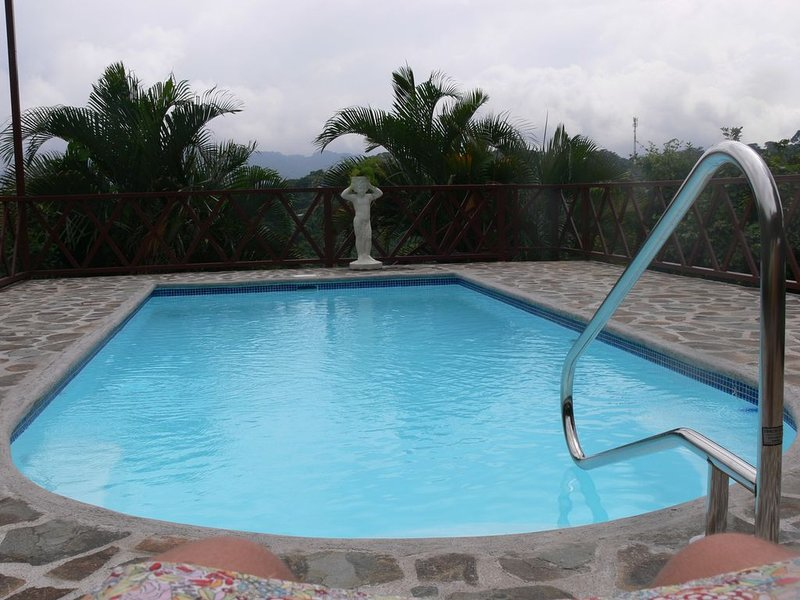 Casa Dulce, the ideal retreat to experience the pura vida lifestyle, holiday rental in Province of Alajuela