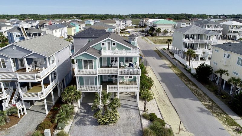 5 BR/5BA-Pool-Best Ocean views from 2nd row on 1st St West, vacation rental in Ocean Isle Beach