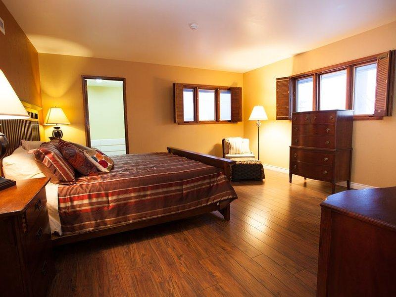 Executive Suite in the heart of downtown Fairbanks, location de vacances à Fairbanks