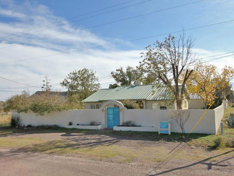 Blue Agave Bungalow - Your Perfect Spot To Escape The Hustle And Bustle!, holiday rental in Fort Davis